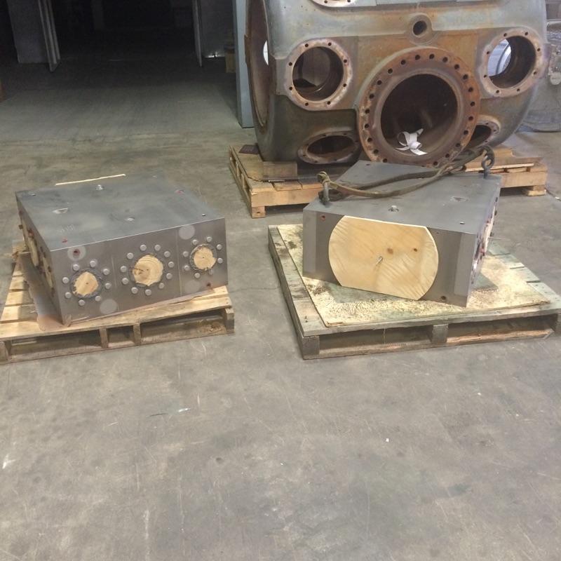 Sandblasted Cylinders